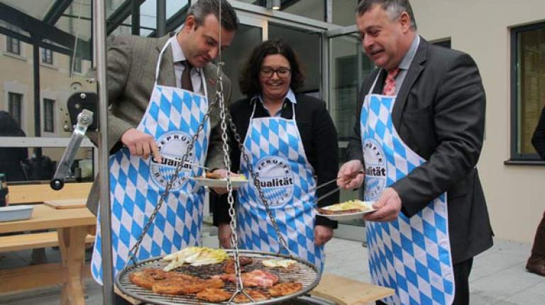 Georg Schlagbauer (Präsident des Bayerischen Handwerktags, Eva Maria Rieger (Ernährungsfachfrau) und BBV-Präsident Walter Heidl beim Neujahrs-Pressegespräch 2016.