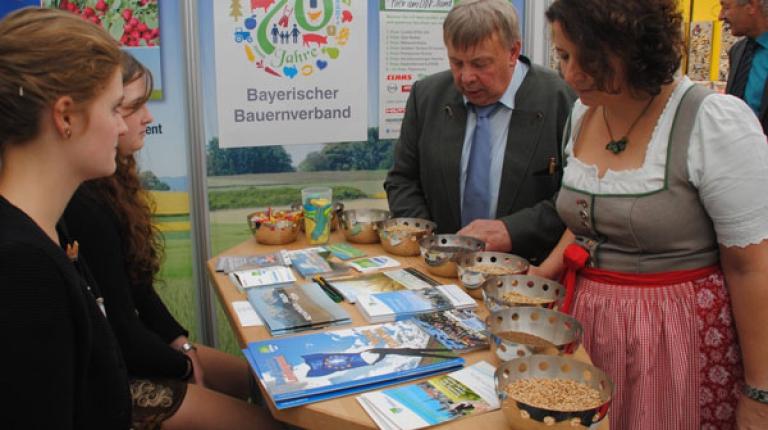 Der BBV ist vom 29. September bis 3. Oktober 2017 in Landshut auf der Niederbayern-Schau.