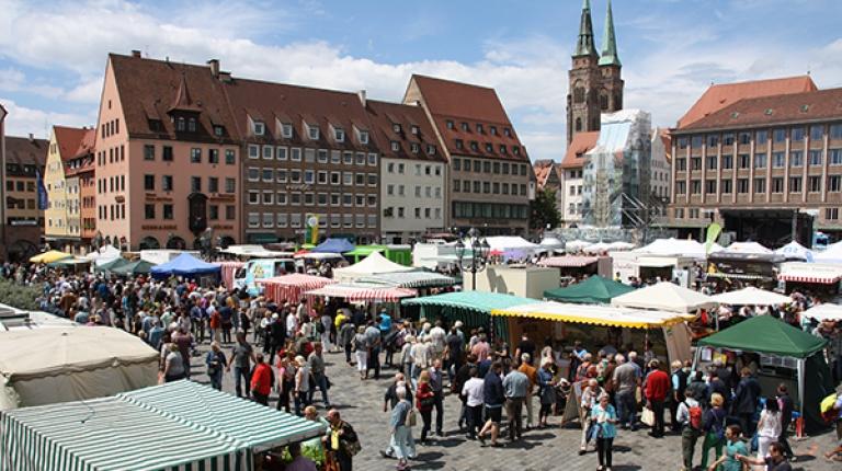 Verkaufen Sie auch dieses Jahr wieder Ihre Erzeugnisse und Spezialitäten auf der Bauernmarktmeile in Nürnberg