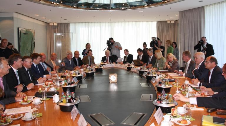 Beim Landwirtschaftsgipfel wurden viele wichtige Themen der Land- und Forstwirtschaft mit Ministerpräsident Seehofer besprochen.