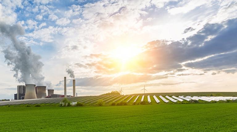 """Kommen auch Sie zum ersten Branchentag """"Erneuerbare Energien Bayern"""" am 15. Juni in Taufkirchen bei München."""