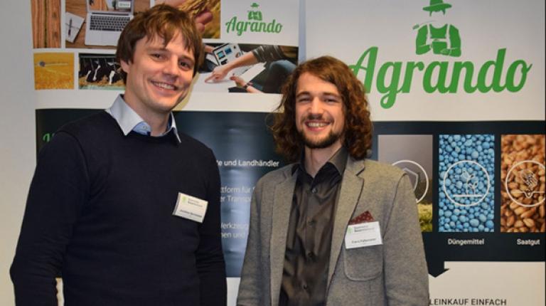 Jonathan Bernwieser und Franz Faltermeier vom Start-Up Agrando.