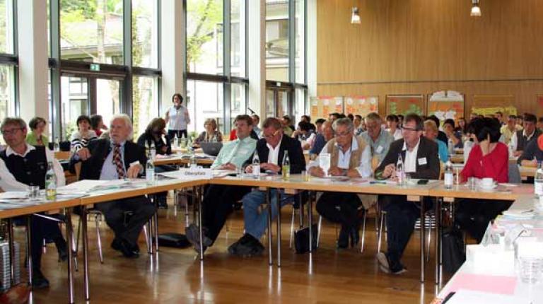 Kreisbäuerinnen und Kreisobmänner bei ihrer heutigen Tagung in Herrsching.