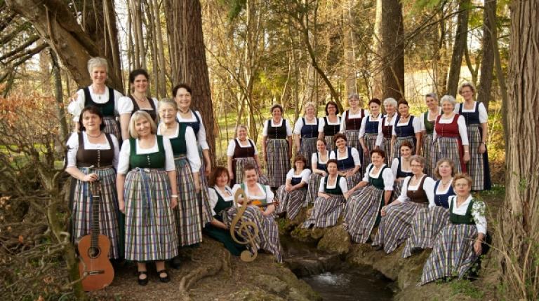 Der Rosenheimer Landfrauenchor feierte sein 40-jähriges Bestehen.