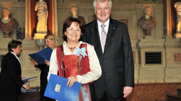 Stellvertretende Landesbäuerin Marlene Mortler mit Ministerpräsident Horst Seehofer