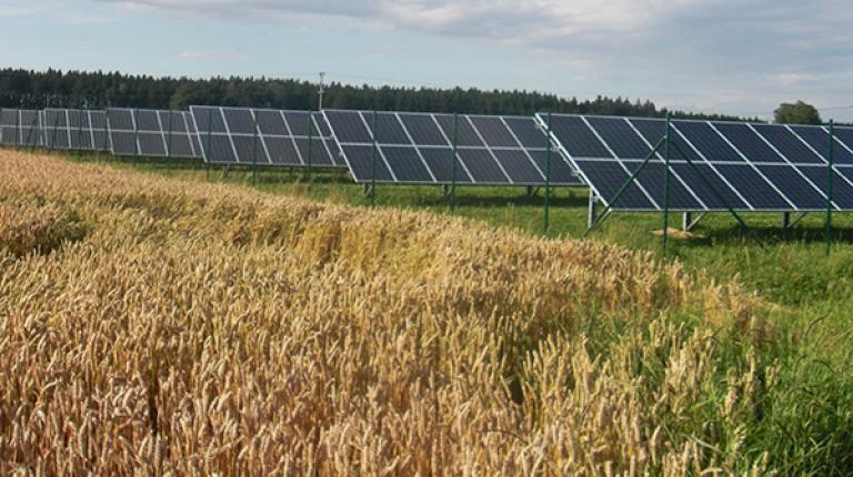 """""""Ich bin der festen Überzeugung, dass die Energiewende nur dann gelingt, wenn diese überwiegend dezentral und mit Einbeziehung aller Bürger erfolgt"""", so Anton Kreitmair."""