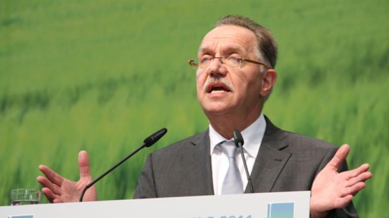 Sonnleitner bleibt bis September 2013 Copa-Präsident.