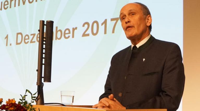Prälat Bernhard Piendl vom Deutschen Caritasverband, Landesverband Bayern, gratulierte zum Jubiläum