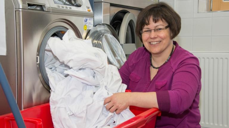 So macht Waschen Freude - wenn Sie beim Waschen auf die richtigen Waschbedingungen achten, schonen Sie Ihre Kleidung.