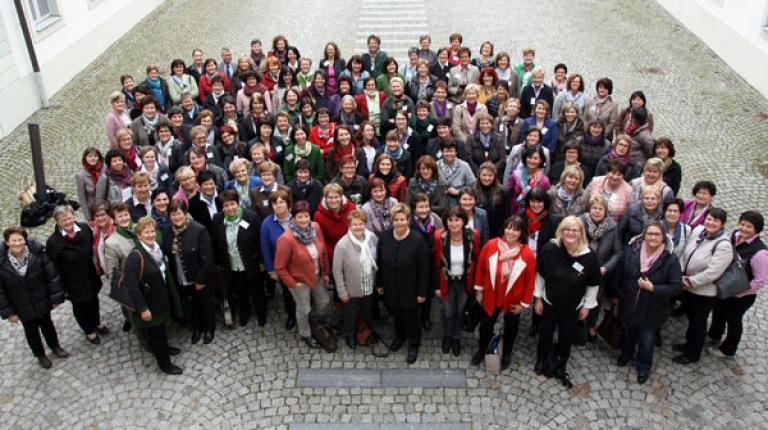 Die Kreisbäuerinnen und ihre Stellvertreterinnen kamen dieses Jahr zu ihrem jährlichen Seminar auf Schloss Hirschberg zusammen.