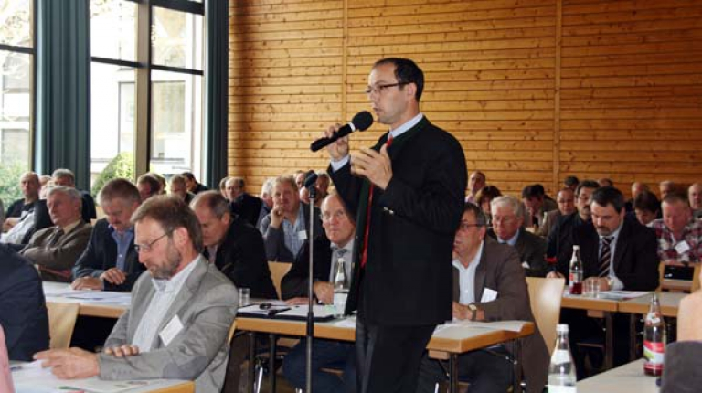 Die Ehrenamtlichen bei der Tagung in Herrsching.
