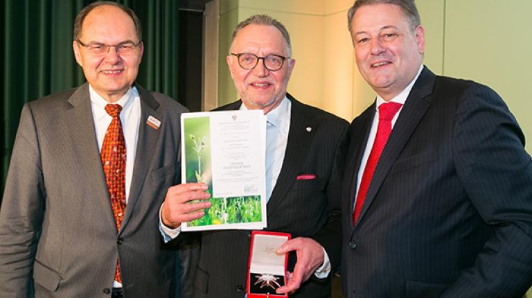 Von links nach rechts: Bundeslandwirtschaftsministers Christian Schmidt, Gerd Sonnleitner und der österreichische Landwirtschaftsminister Andrä Rupprechter